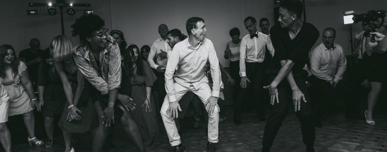 Danser c'est une animation originale et intemporelle | des bulles et des étoiles wedding planner ile de france